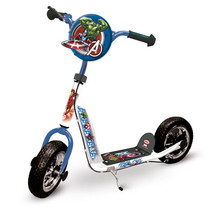 Avengers Cross Scooter Kinderroller